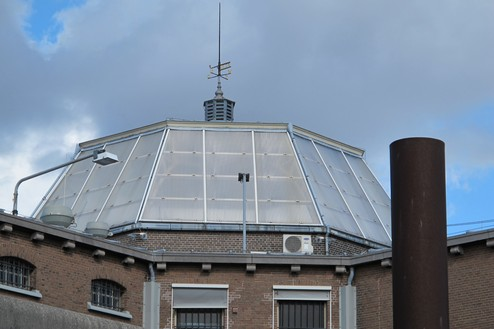 Huis van bewaring II Lichtkap centrale hal