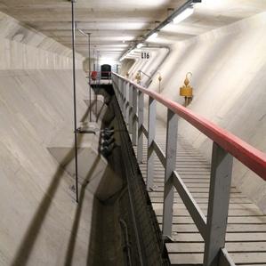 Loopbrug in Nabla-ligger Haringvlietdam
